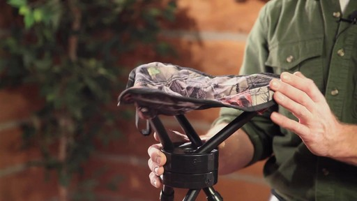Guide Gear Swivel Tripod Hunting Stool - image 3 from the video