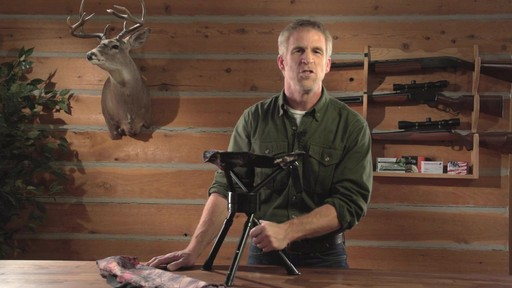Guide Gear Swivel Tripod Hunting Stool - image 4 from the video