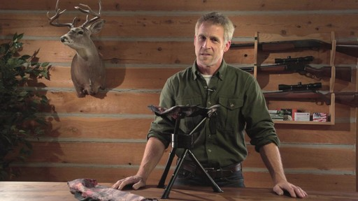 Guide Gear Swivel Tripod Hunting Stool - image 7 from the video