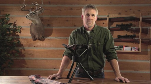 Guide Gear Swivel Tripod Hunting Stool - image 8 from the video