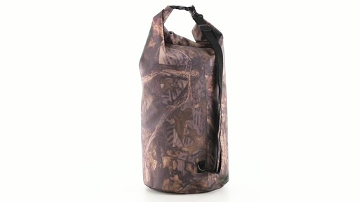 Guide Gear Roll-Top Waterproof Dry Bag 60 Liter 360 View - image 6 from the video