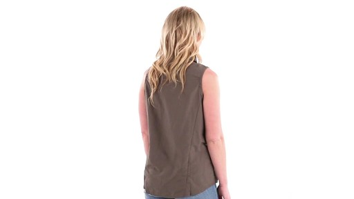 Guide Gear Women's Sleeveless Button-down Shirt 360 View - image 3 from the video