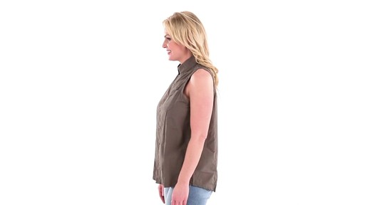 Guide Gear Women's Sleeveless Button-down Shirt 360 View - image 6 from the video