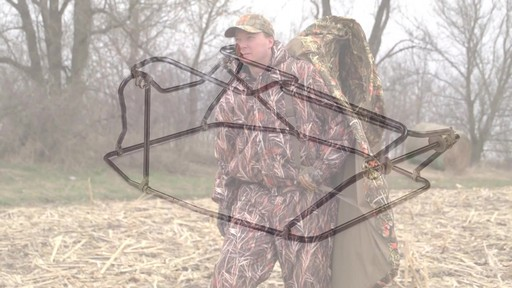 Guide Gear Deluxe Waterfowl Camo Hunting Blind Mossy Oak Blades - image 4 from the video