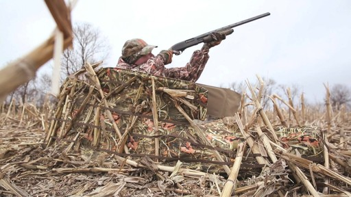Guide Gear Deluxe Waterfowl Camo Hunting Blind Mossy Oak Blades - image 9 from the video