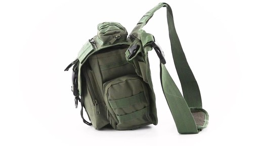 Cactus Jack Sidewinder Sling Bag 360 View - image 10 from the video