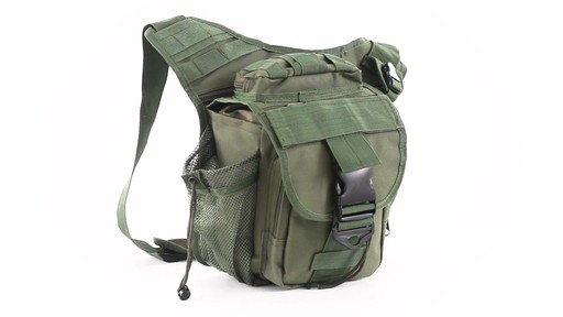 Cactus Jack Sidewinder Sling Bag 360 View - image 3 from the video