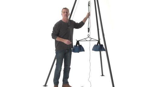 Guide Gear Deluxe Deer Hoist Gambrel Swivel Hitch Lift System - image 2 from the video
