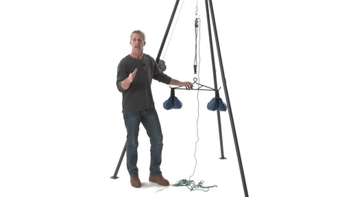 Guide Gear Deluxe Deer Hoist Gambrel Swivel Hitch Lift System - image 8 from the video