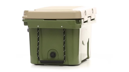 Guide Gear 30 Quart Cooler 360 View - image 10 from the video