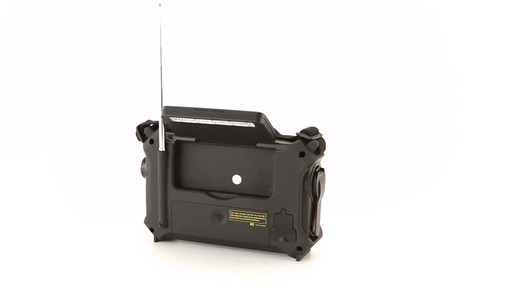 HQ ISSUE Multi-Band Dynamo & Solar Powered Radio - image 10 from the video