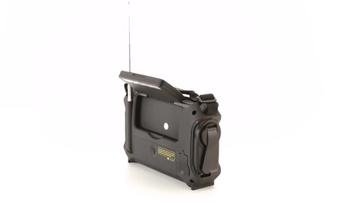 HQ ISSUE Multi-Band Dynamo & Solar Powered Radio - image 9 from the video