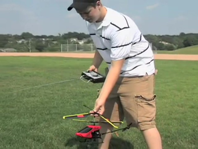 Radio - controlled Helicopter - image 2 from the video