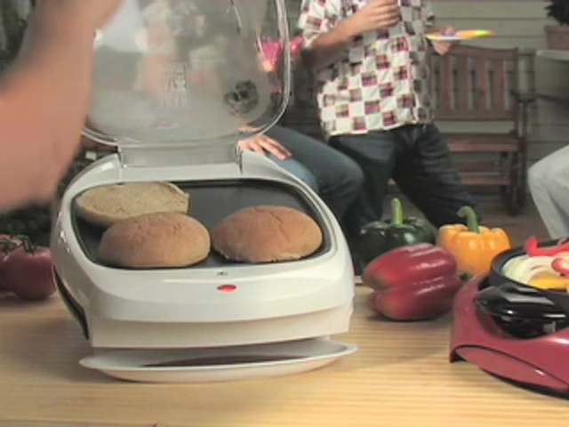 George Foreman™ Grill and Fajita Maker Combo - image 4 from the video
