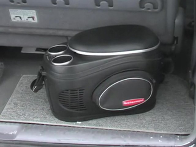 Rubbermaid® 8 - qt. Cooler & Warmer - image 10 from the video