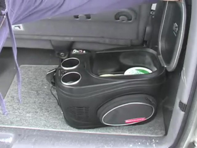Rubbermaid® 8 - qt. Cooler & Warmer - image 7 from the video
