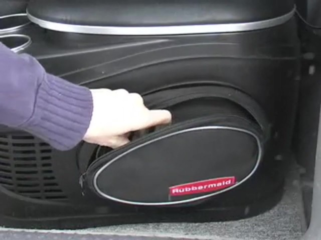 Rubbermaid® 8 - qt. Cooler & Warmer - image 9 from the video