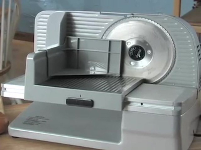 Edgecraft® 610 Food Slicer (refurbished) - image 10 from the video