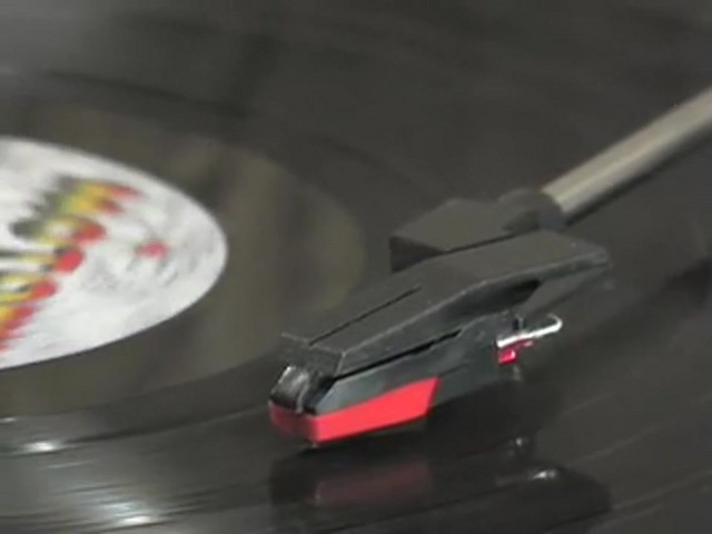 Memorex® Digital USB Turntable  - image 6 from the video