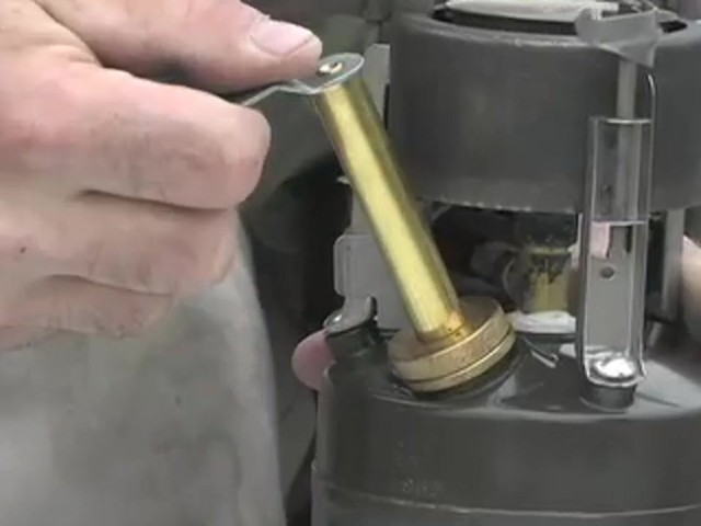 New U.S. Military M1950 Gas Stove - image 5 from the video