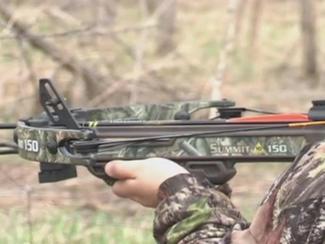 Horton® 150 - lb. Summit Crossbow Realtree® Hardwoods HD® - image 9 from the video