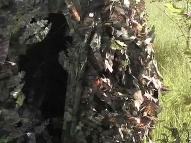 Guide Gear® Leafy Hybrid Blind - image 4 from the video