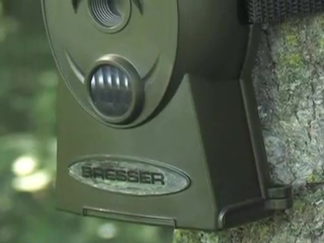 Bresser® 5MP Mini IR Game Camera - image 1 from the video