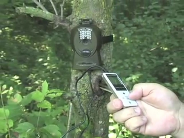 Bresser® 5MP Mini IR Game Camera - image 9 from the video