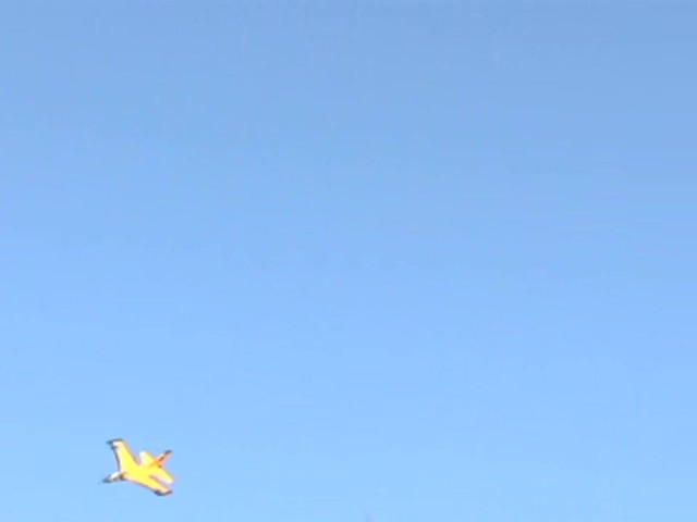 Radio - controlled AirJet Hi - flyer Plane - image 5 from the video