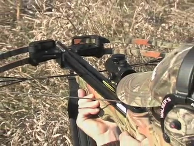 United® 175 - lb. Compound Crossbow Kit - image 9 from the video