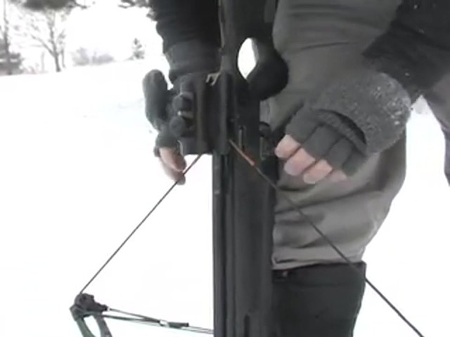 HORTON LEGEND 175 HD CROSSBOW  - image 5 from the video