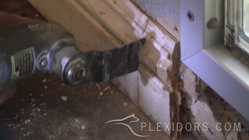 PlexiDor Pet Door  - image 9 from the video