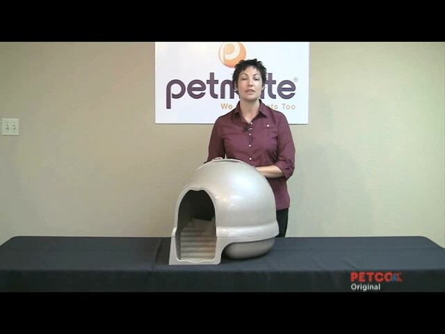 Clean Step Litter Box by Booda - image 5 from the video