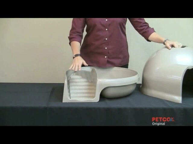Clean Step Litter Box by Booda - image 8 from the video