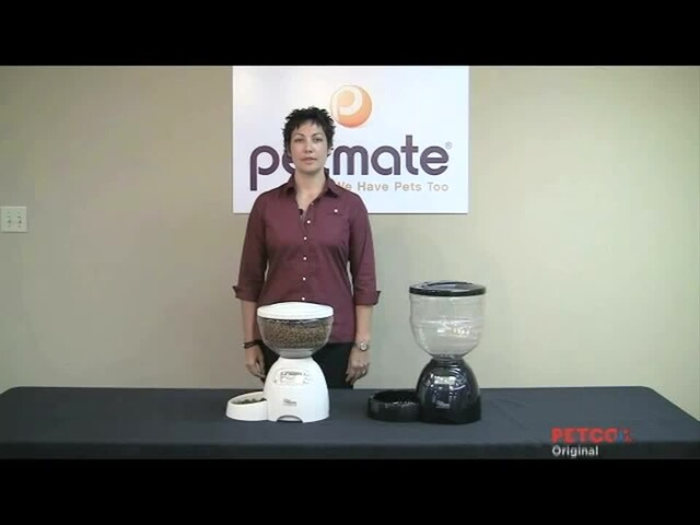 Petmate Le Bistro Portion Control Automatic Feeder - image 1 from the video