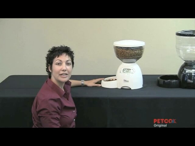 How-To Program the Petmate Portion Control Feeder - image 2 from the video